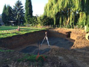 Terrassement de la piscine en beton armé
